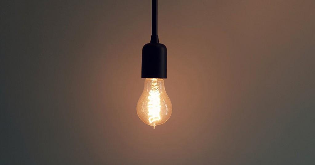Relativ Glühbirnen mit LED-Lampen ersetzen. Lohnt sich das? - Flatastic HW79